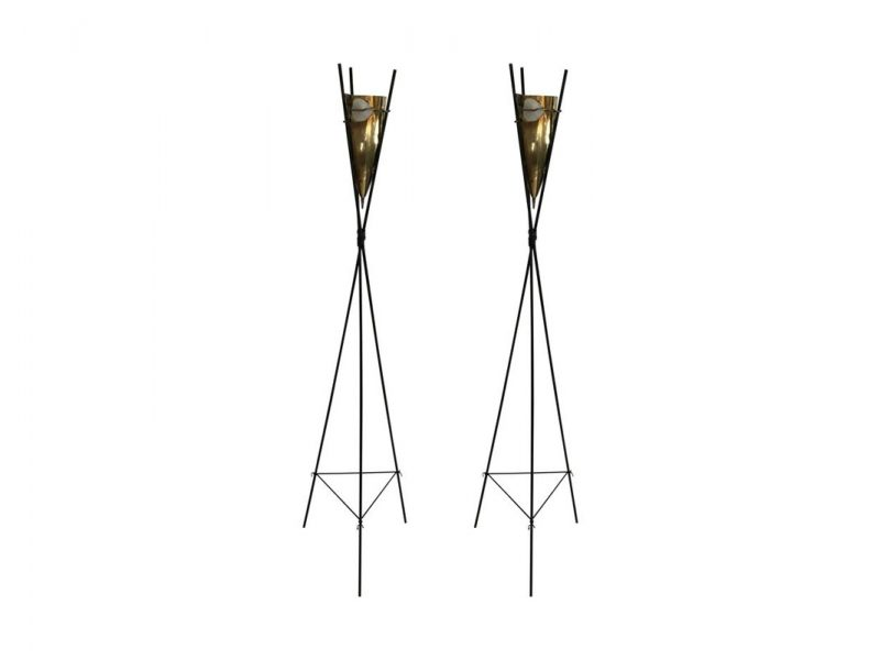Kiriliuk floor lamps